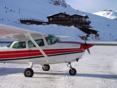 FFA Altiport Training Courchevel 6th to 13th January 2001.-Charlie Uniform at Courchevel jpg