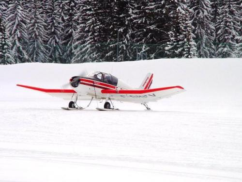 FFA Altiport Training Courchevel 6th to 13th January 2001.-Jodel at Mirabel jpg