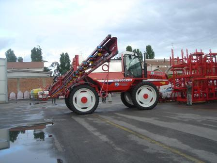 FFA Tour of Italy  May 28th to June 6th-album40-Bargham sprayers 006